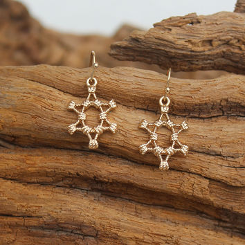 Knotted Star Earrings, Gold