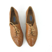 brown leather huaraches. Womens woven sandals. Woven leather oxfords. Preppy Lace up sandals. Baja beach shoes. size  7