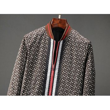 Burberry Autumn And Winter Fashion New More Letter Print High Quality Hooded Long Sleeve Coat Jacket Men