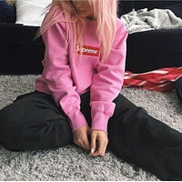 Supreme Embroidered LOGO street tide licensing round neck hedging loose male and female couples super soft plus cashmere sweater Pink