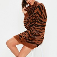 Missguided - Premium Rust Fluffy Roll Neck Animal Jumper Dress