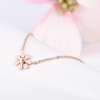 Floral Printed Gold Pendant Necklace Jewelry Accessories Collarbone Chain _ 8520