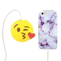 2000 mAh Portable Power Bank Phone Charger - Blowing Kisses