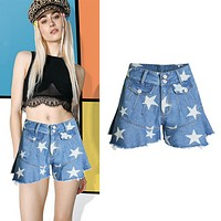 The 2017 new high-waisted star print flounces of blue shorts