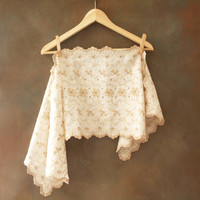 Vintage Ivory Table Runner with Embroidery, Eyelet Detail and Scalloped Edge, Farmhouse Decor