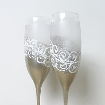 Wedding glasses- silver, white, frost. Hand painted. Personalized. Champagne glasses. Champagne Flutes. Set of 2.