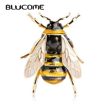 Blucome Cute Insect Fly Bee Brooch Kids Girls Clothes Accessories Gold Color Black Yellow Enamel Brooches Birthday Gifts Jewelry