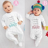 2017 New Baby Boy Clothes Boys Girls Clothing Baby rompers Baby Clothing I Love My Mom and Dad Unisex Long-sleeved Clothing Set