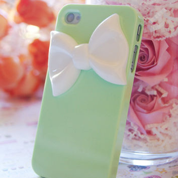 Pastel Light Green Iphone 4 4s Case With Large White Bowtie Decoden Cell Phone Case