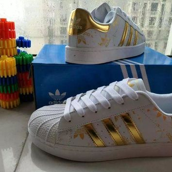 DCCKIJG Adidas' Fashion Casual Clover Print Women Sneakers Shell Head Plate Shoes Small White