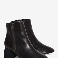 Intentionally Blank Fit Leather Boot