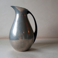 Made in Spain // Simple Metal Water Carafe // by ACESFINDSVINTAGE