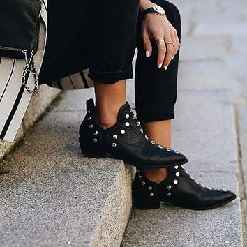 Lady Artificial Leather Pointed Rivets Boots Shoes