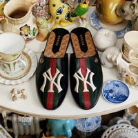 GUCCI Women's slipper with NY Yankees™ patch