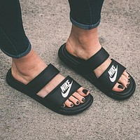 NIKE couple casual fashion solid color flat slippers sandals shoes
