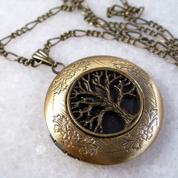 Tree Of Life Vintage Brass Picture Locket Pendant Necklace (Size: 32, Color: Brass) = 1946893572