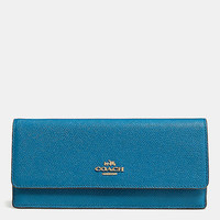 SOFTwalletin embossed textured leather