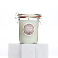 Soy Candle - Gardenia Candle - Gardenia in the Snow Soy candle. In Design Sponge blog. Ideas Mothers Day