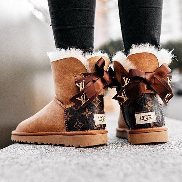 Image of LV Louis Vuitton UGG classic printed alphabet bow mid-cut snow boots Shoes