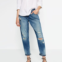 RELAX FIT MID-RISE JEANS DETAILS