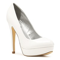 G by GUESS Winna Patent Platform Pump