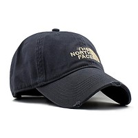 Retro Embroidered North Face Baseball Cap Hat mieniwe?