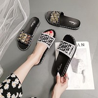 Fendi FF hot selling new style slippers women metal reflective all-match trifle bottom sandals women