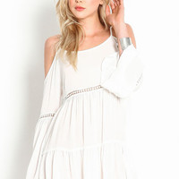 COLDSHOULDER TIERED CROCHET DRESS