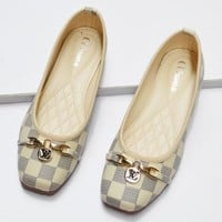 Louis Vuitton Fashion new LV sandals egg roll Tartan shoes White