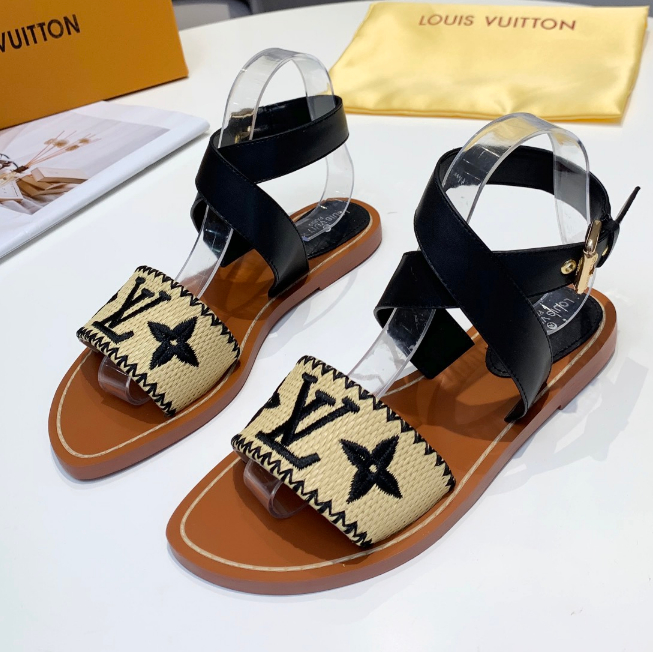 Image of LOUIS VUITTON LV Fashionable casual grass sandals