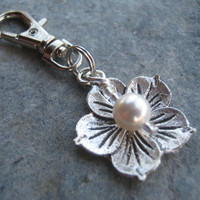 Hibiscus Zipper Pull, Personalized Pearl Flower Key Fob, Wedding Charm, Nature, Tropical Accessory, Bridal Party Gift, Garden, Hawaii