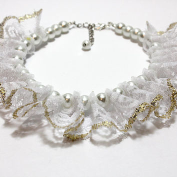 Pearl and Lace Dog Collar. White Lace with Gold Thread Trim Puppy Collar. White Pearl and Frilly Lace for Dog Wedding Jewelry.