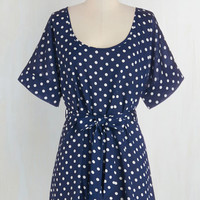 Long Short Sleeves Medium Format Memory Tunic in Navy Dots