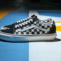 vans Anaheim Checkerboard OS black and white lattice strap