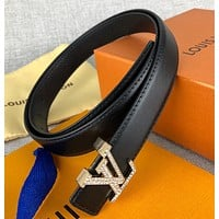 Louis Vuitton classic letter head buckle solid color simple perforated belt
