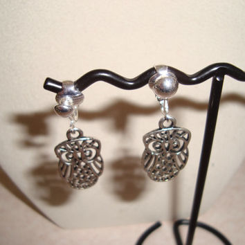 Cute Silver Owl Clip on Earrings - Silver Clips with Owl Design - Make a Statement with Owls - Fun Modern Design - Clips