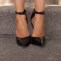 Strappy Pointed Heels Black