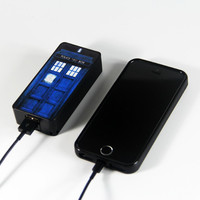Tradis Doctor Who Police Call Box Power Bank External Battery Charger for iPhone and Samsung Andriod