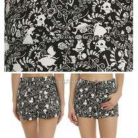 Licensed cool Disney Alice in Wonderland Filigree Black & White Jean Shorts JRS Size 0-15 NEW