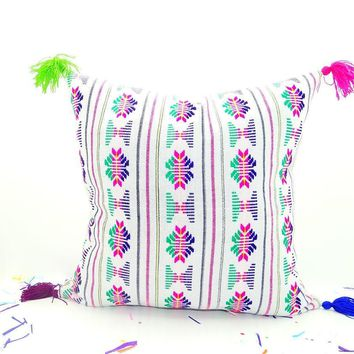 White Mexican Pillow cover 18x18, Bohemian Decor, Boho Bedding, White Pillow Cover with tassels