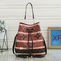 Louis Vuitton LV new ladies print fashion one-shoulder bucket bag