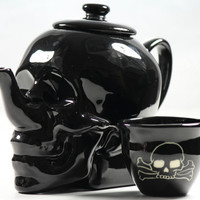 Limited Edition SKULL TEAPOT // Witching Hour Edition // by Dirie Dirie Me Art & Ceramics