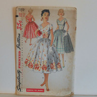 """Women's One Piece Dress Size 14 UNCUT Vintage 1950's Simplicity 1159 """"Simple to Make"""" Sewing Pattern"""