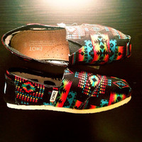 Black Tribal Toms Women by ClarkCouturecom on Etsy