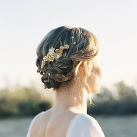 """Romantic gold flower and crystal hair comb """"Paige"""""""