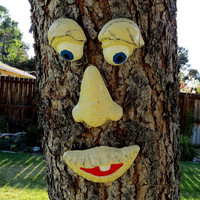 Tree face, Concrete tree face, hand painted tree face, fence art, yard art, Ivory tree face, concrete face
