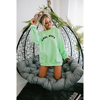 """Cool Wife"" Graphic Crew Neck Sweatshirt (Mint)"