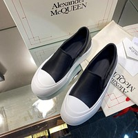 𝘼𝙡𝙚𝙭𝙖𝙣𝙙𝙚𝙧  𝙈𝙘𝙌𝙪𝙚𝙚𝙣  Women Casual Shoes Boots fashionable casual leather01