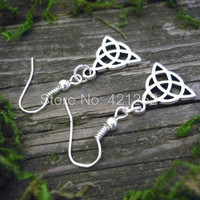 10pairs  Triquetra  knot Earrings Wicca  Spiritual  inspired Earrings In silver
