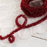 Curly Wired Tinsel Trim - Vintage Red Loopy Metallic Christmas Craft Ribbon, 4 Yds.